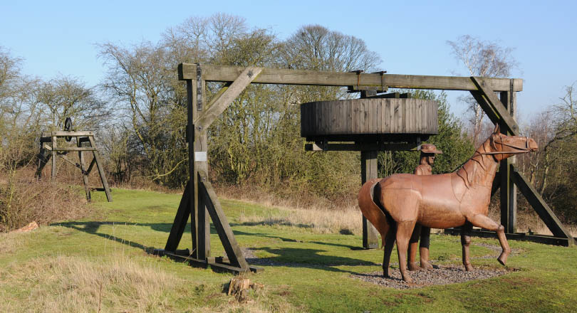 Replica gin pit and horse statue, fifteenth century coal mining